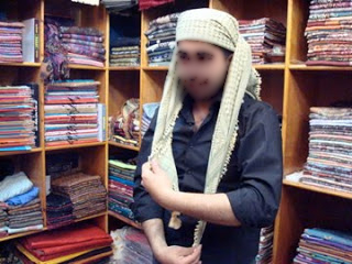yemeni turban tying,How to Tie a Yemeni Headscarf,How to Tie a Headscarf,How to Tie Headscarf,How to Tie Yemeni Headscarf,WAYS TO TIE A SCARF FOR MEN, A GENTLEMEN'S GUIDE TO KNOTTING,6 WAYS TO TIE A SCARF,WAYS TO TIE A SCARF,TIE A SCARF,